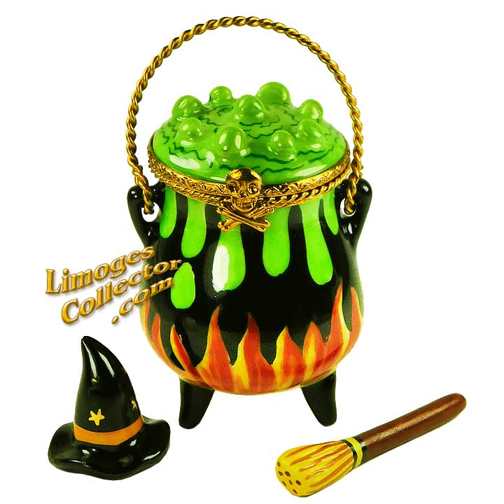 Witch Boiling Potion in Cauldron Limoges box by Beauchamp | LimogesCollector.com