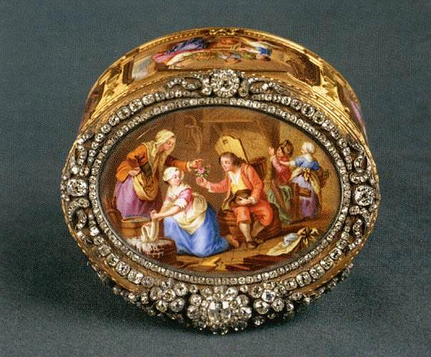 Gold Snuffbox with hand-painted Limoges porcelain and diamonds - Louvre Museum