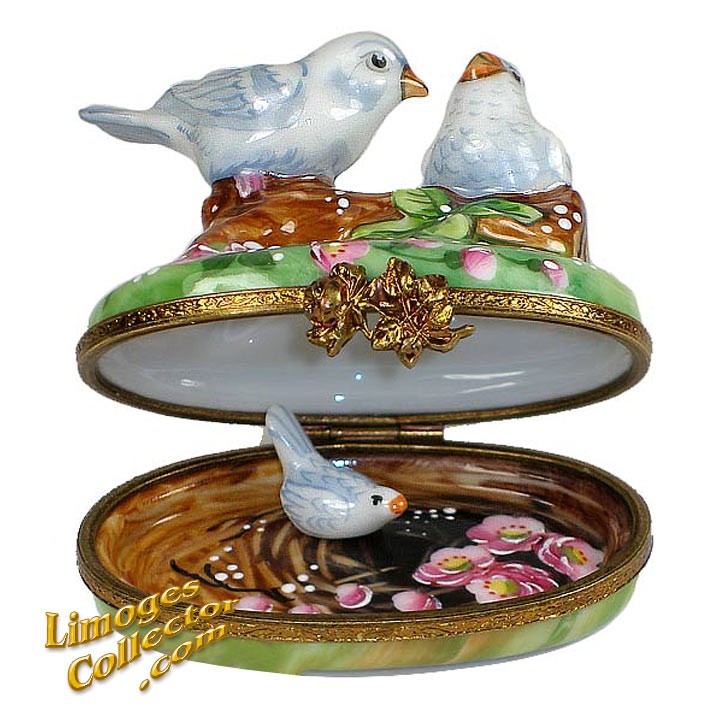 Doves on a branch open Limoges box | LimogesCollector.com