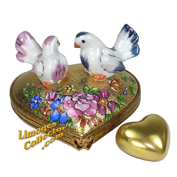 Love Birds on Floral Heart Limoges Box | LimogesCollector.com