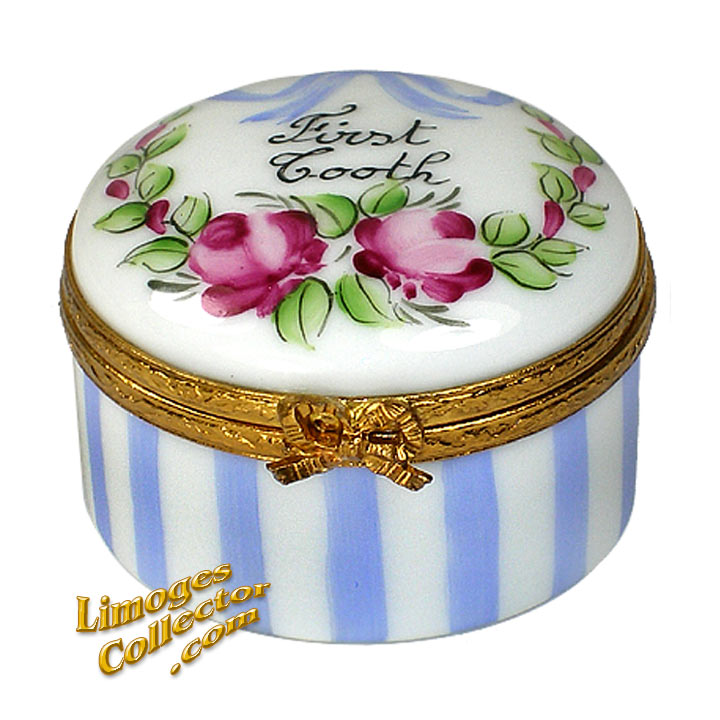 Baby's First Tooth Limoges Box in blue | LimogesCollector.com