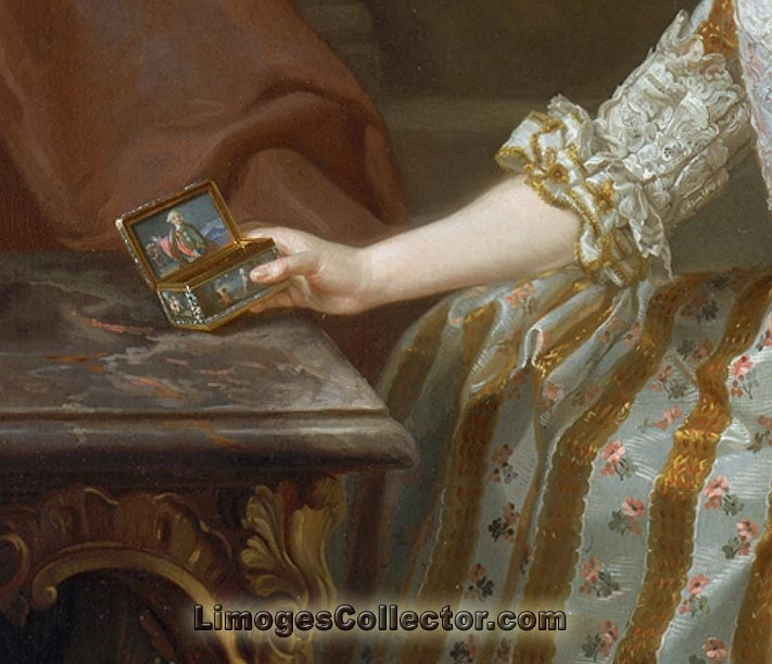Maria Louisa of Parma holding a tabatiere Limoges box
